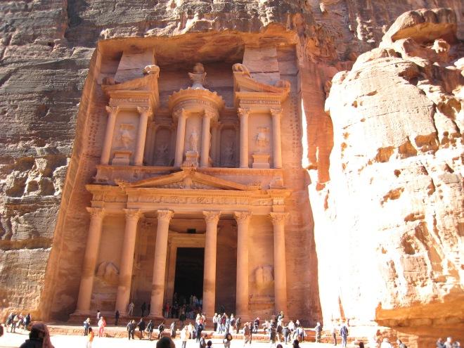 La ciudad imposible, Petra